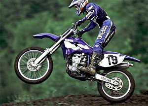 yz400 action 1